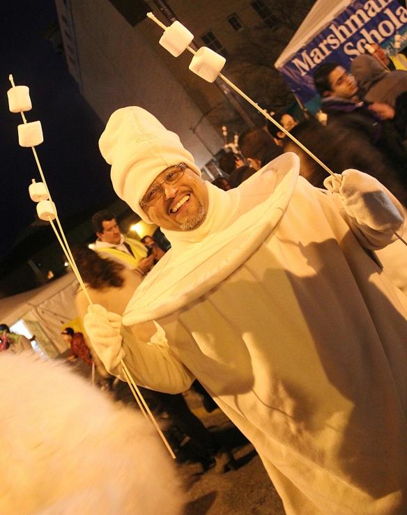 Nobody rocks a marshmallow suit like Elkin Montoya!