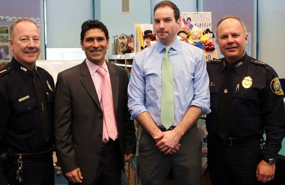 LPD Deputy Superintendent Arthur Ryan, Lincoln School Principal Ruben Carmona, Mayor Patrick Murphy, LPD Superintendent Ken Lavallee.