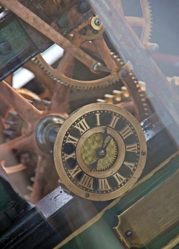 clock 027